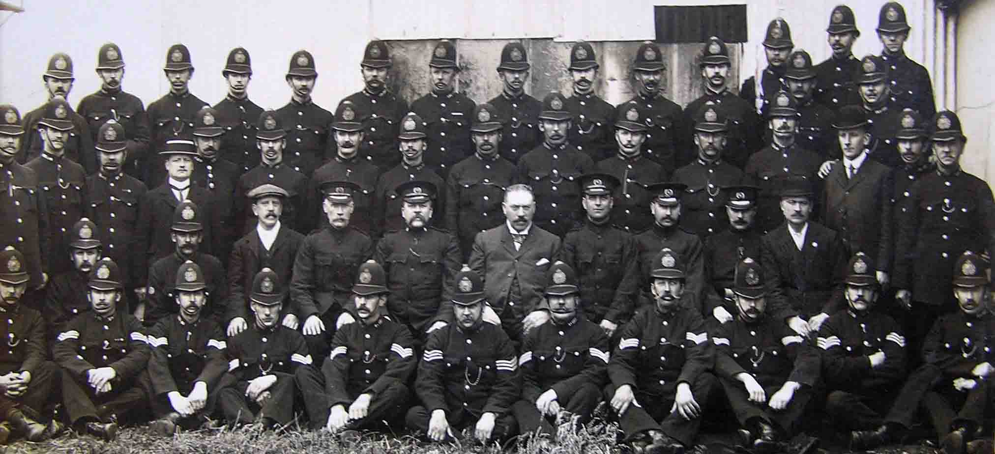 history of police The garda síochána historical society is a non-profit organisation aiming to bring the rich history and traditions of irish policing (especially the history of the garda síochána) into the public arena.